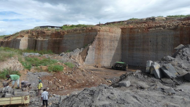 Environmental Compliance of Quarries Assessed